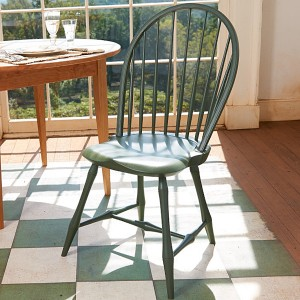 painted-bow-back-windsor-chair-3[1]